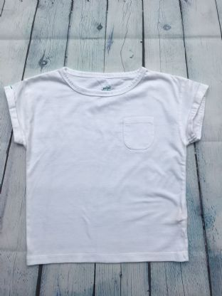 Mini Boden white tshirt with pocket age 4-5